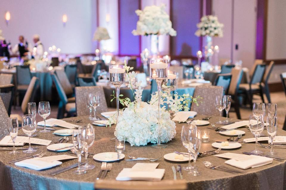 White flowers for centerpieces