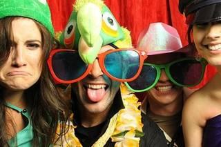 Let's Goof Photo Booth / Emy Smith Photos