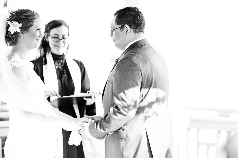 Black and white ceremony capture - Photo: Jade & Matthew Pictures