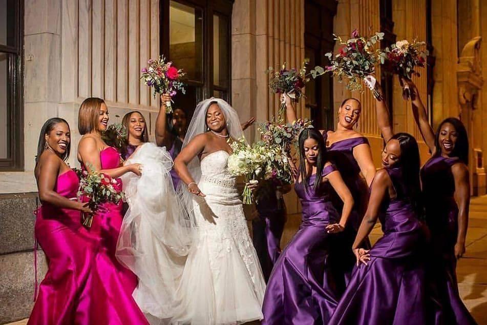 Bride and her bridesmaids/bridesmaid