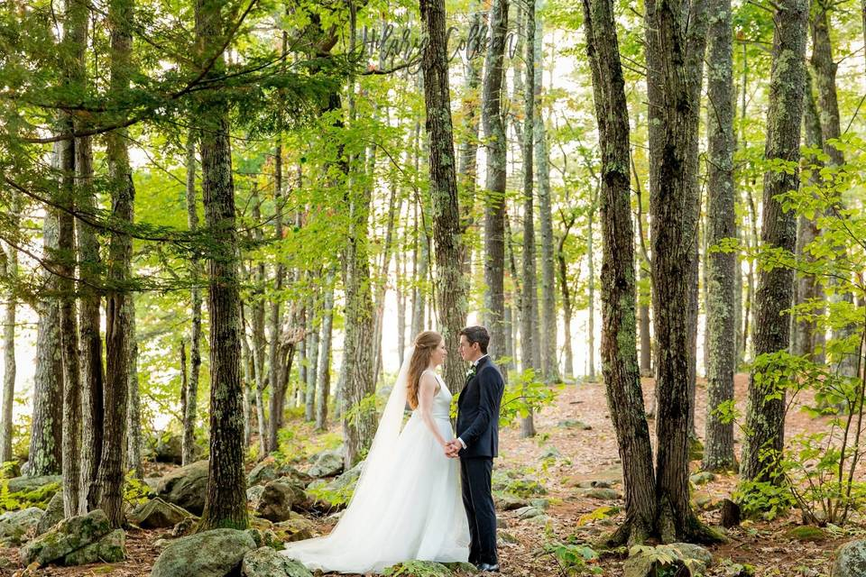 Couple photo in woods