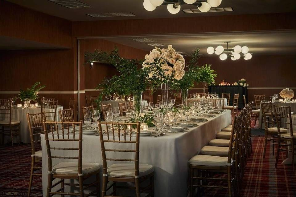 Tall table centerpieces