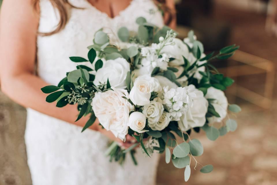 White Florals Bouquet