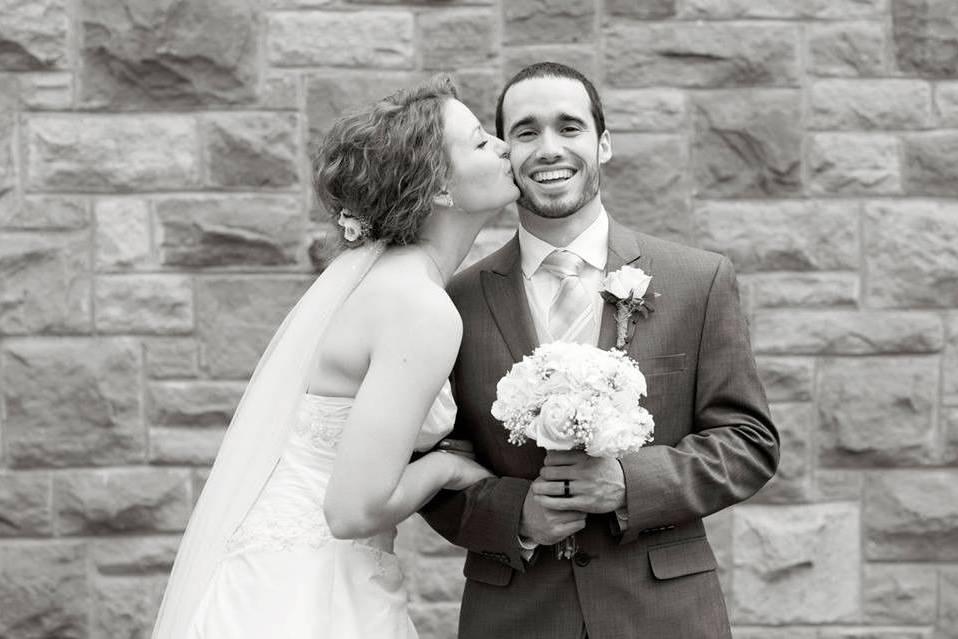 Distinctly Yours Weddings & Events, LLC