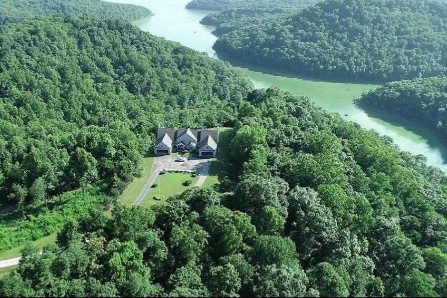 Leeric Lodge and Resort