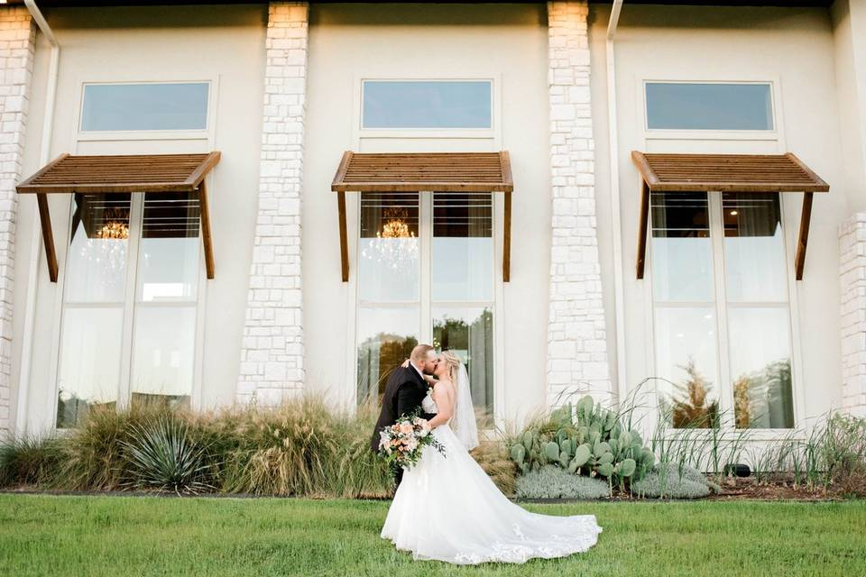 Hidden Pines | Lake Houston by Walters Wedding Estates