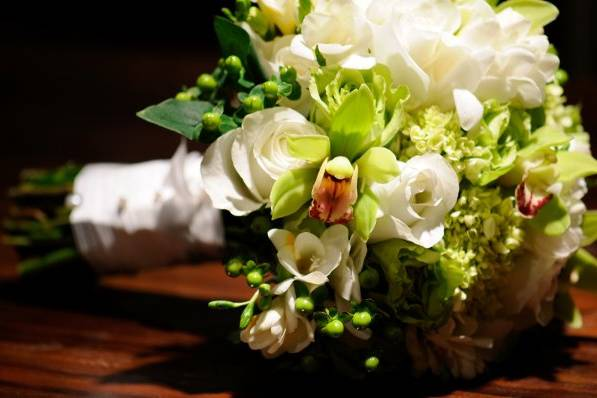 flowers by design artistry