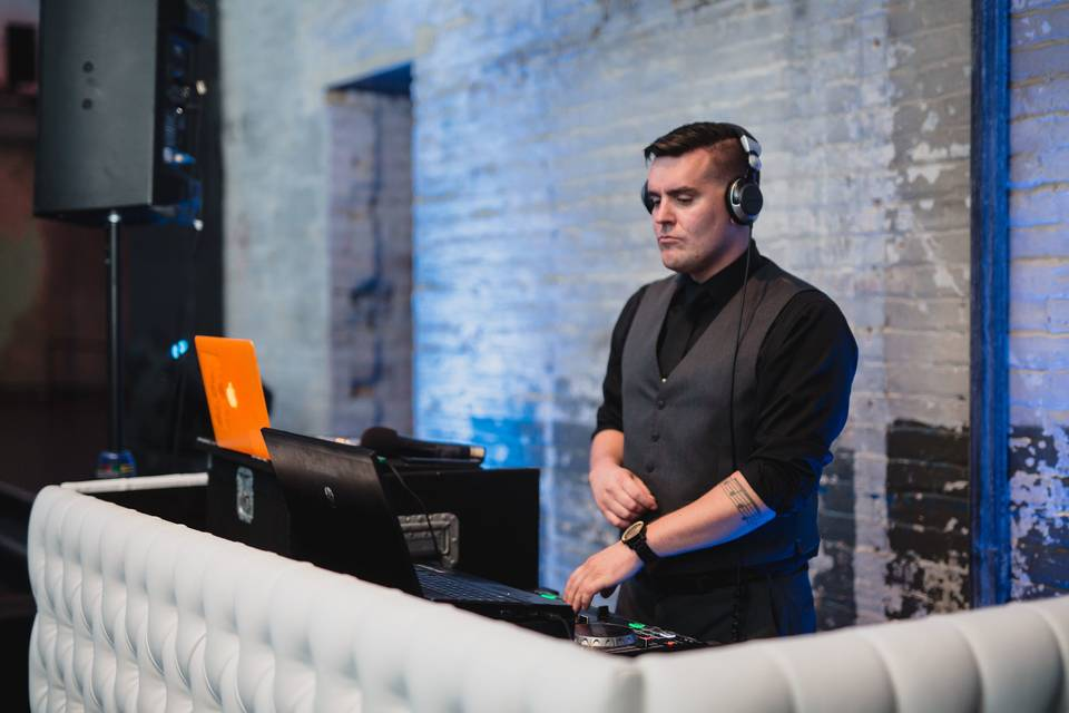 Instant Request DJ Entertainment