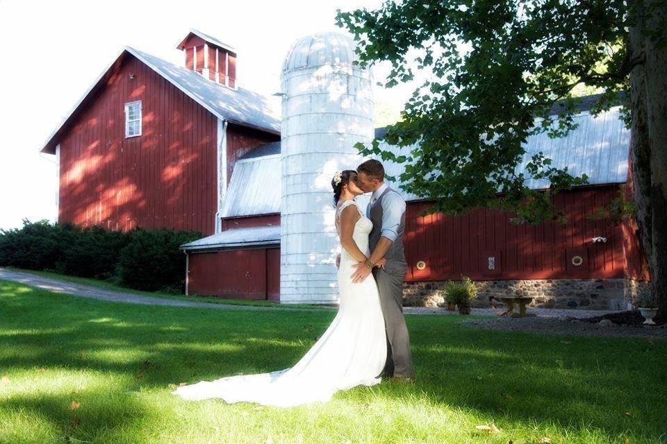 Toganenwood Estate Barn Weddings & Events Center