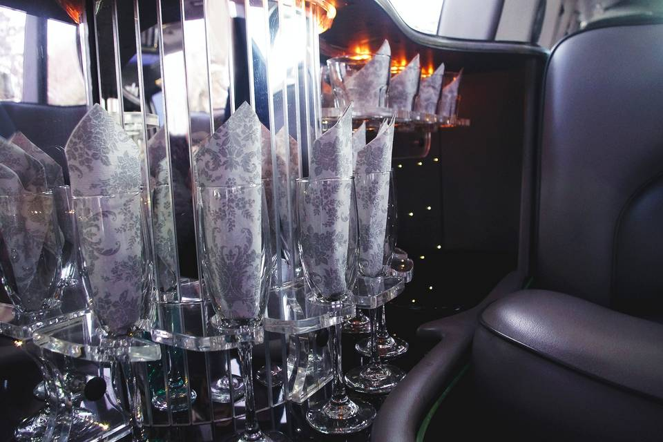 AAA A Extreme Limousine Service