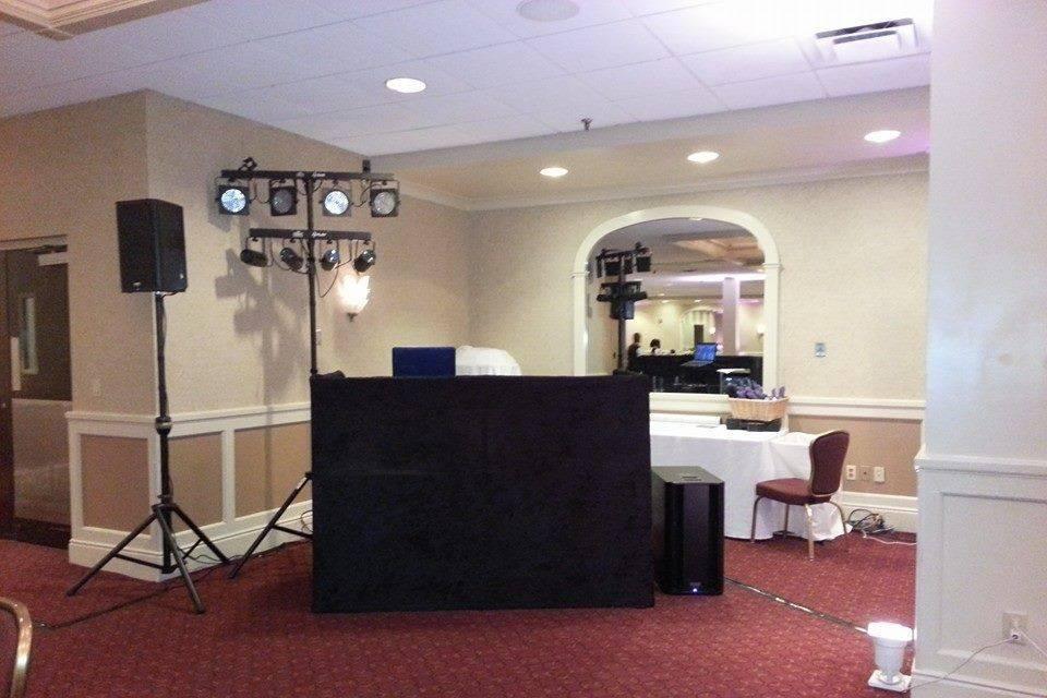 Flash & Dance DJ Service
