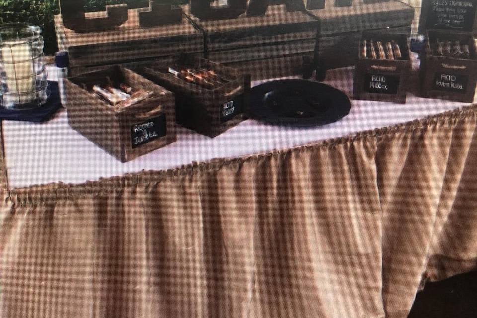 Smokey's Cigar Lounge