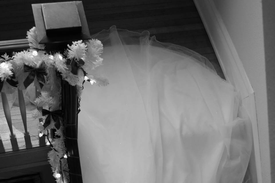 A Winter Wedding in the Home