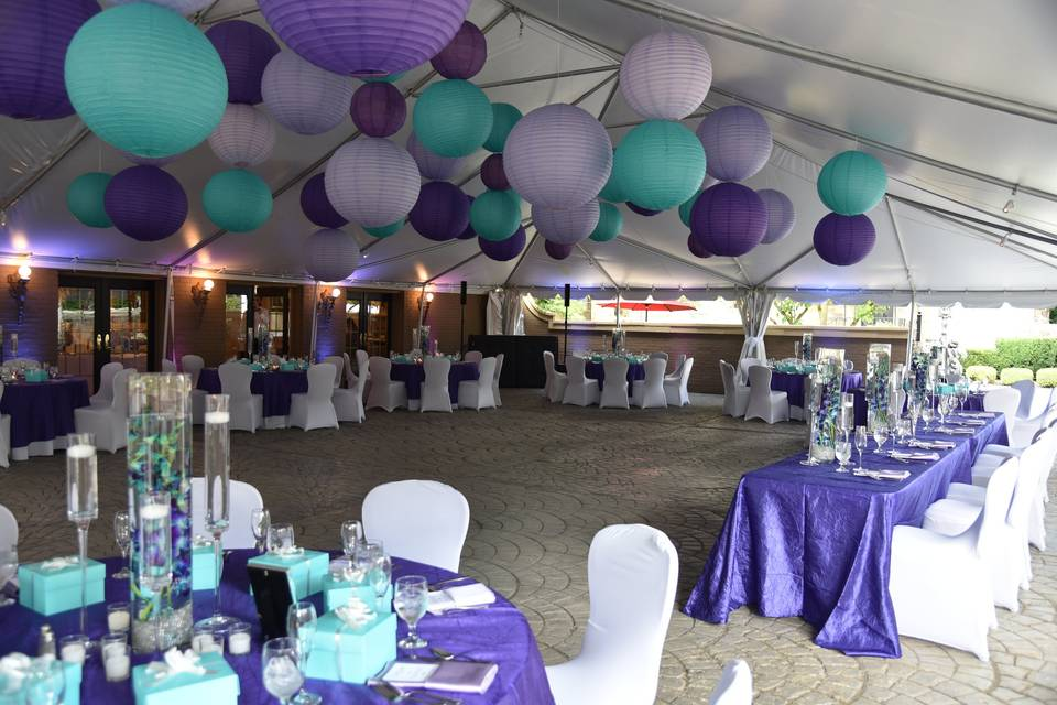 Tented courtyard reception