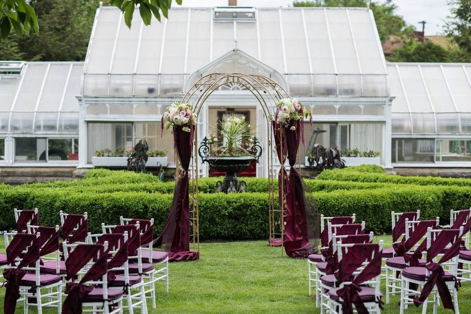Ceremony in front of the greenhouse