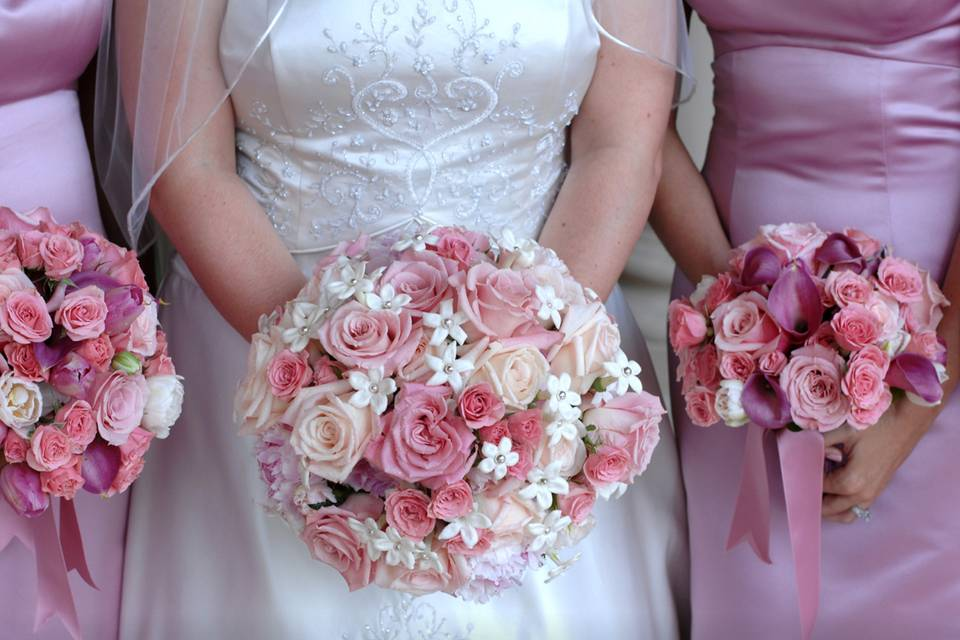 Pink tone bouquets