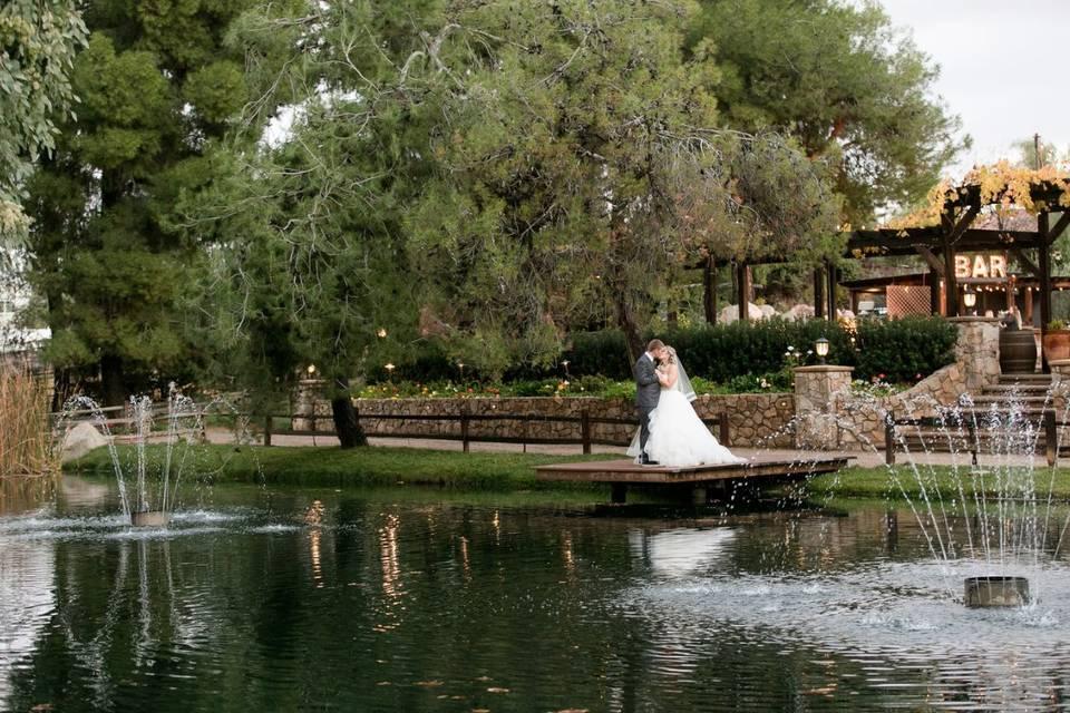 Lake Oak Meadows Weddings and Events