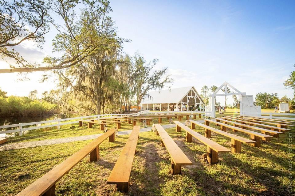 Lakesong Wedding Barn