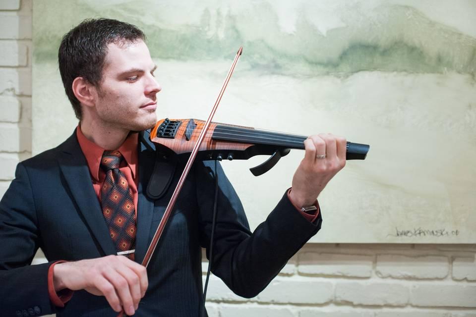 Shawn Boucke - Violinist