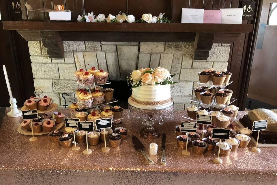 Vernele's New Orleans Bakery & Cafe