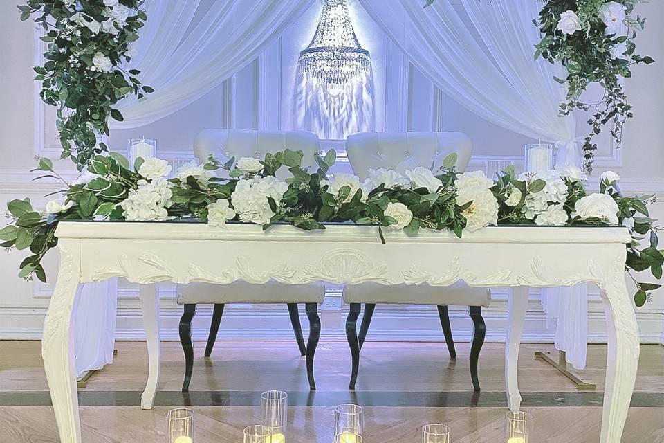 Emerson Sweetheart table