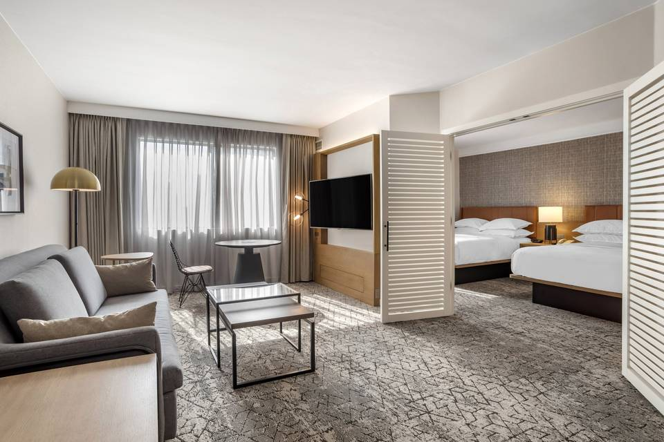 Newly Renovated Queen Suite