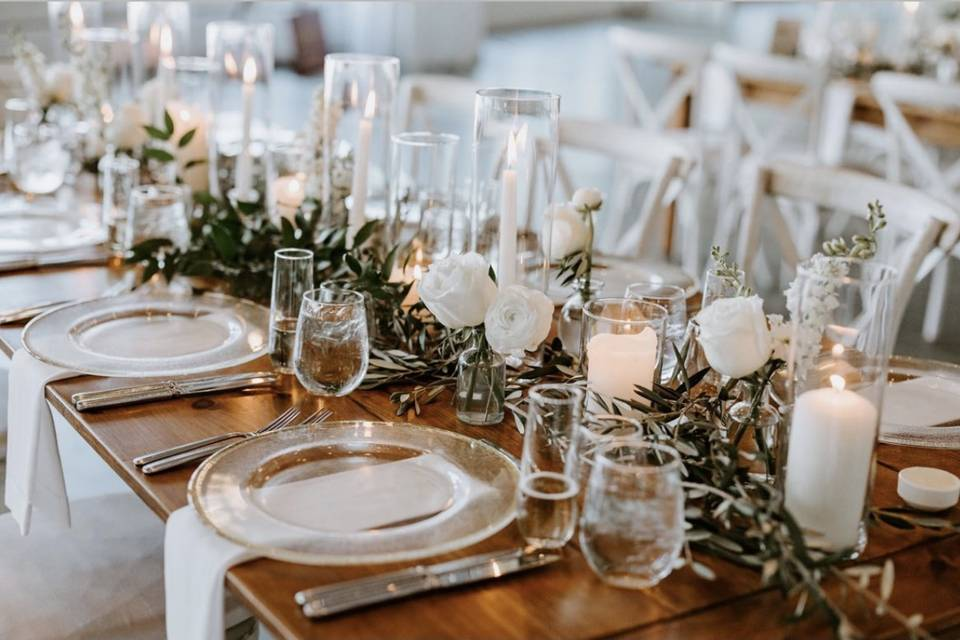 Luxury Guest Table
