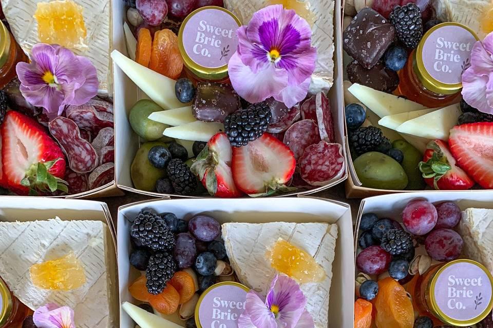 Mini picnic boxes