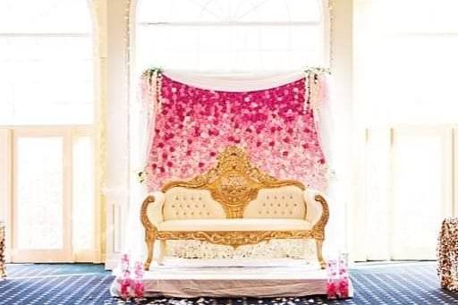 Ombre pink flower wall