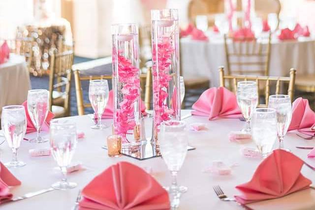 Pink, gold and white decor