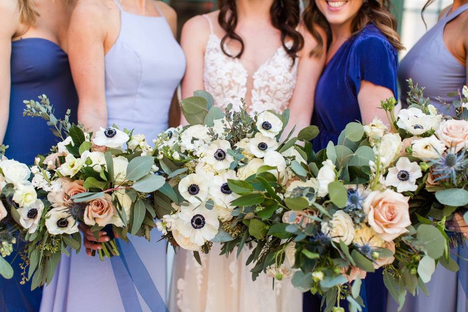 Bride and wedding party holding bouquets - Danielle Harris Photography