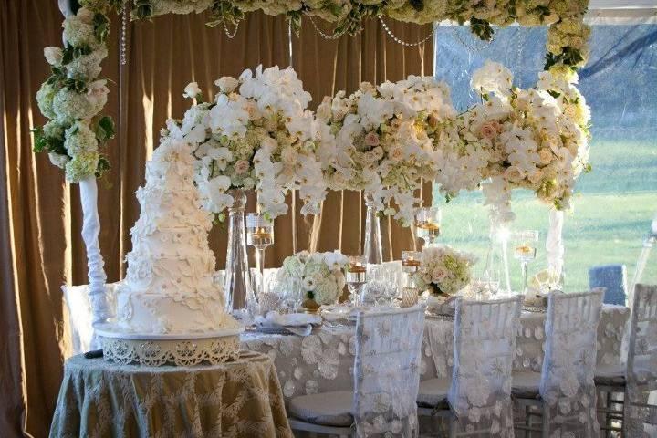 PARAMOUNT WEDDING DESIGNS