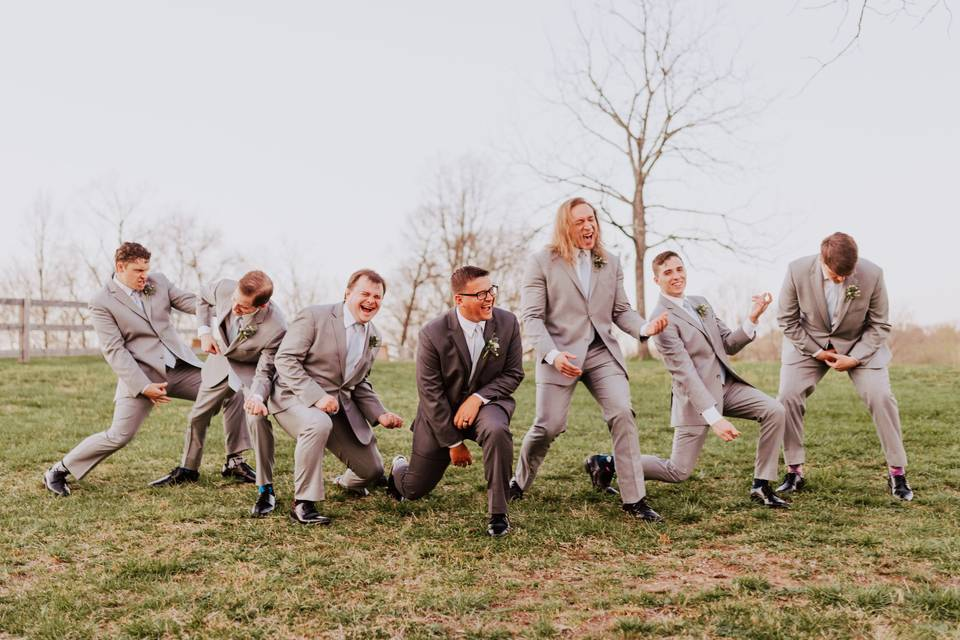 Groomsman Know How To Tarty!