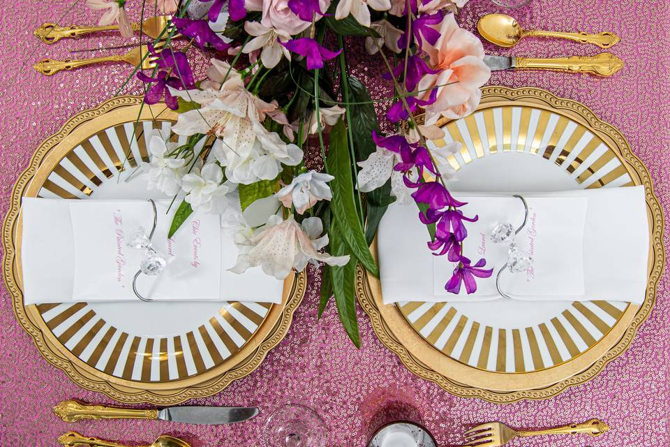 Bright place settings