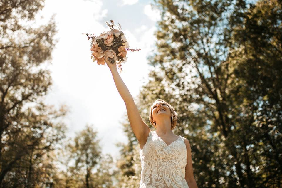 Bouquet in the air
