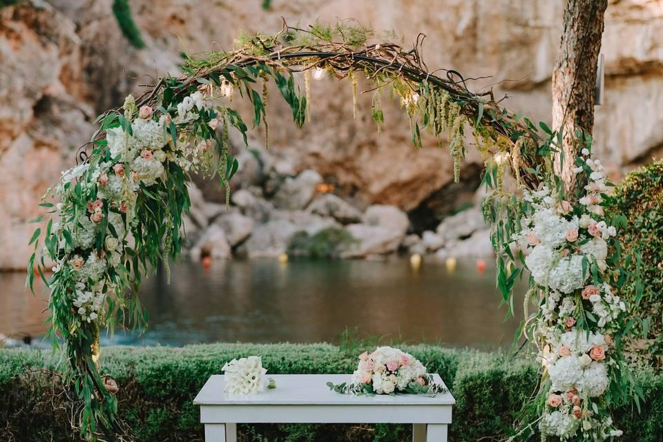 Civil wedding at Vouliagmeni Lake