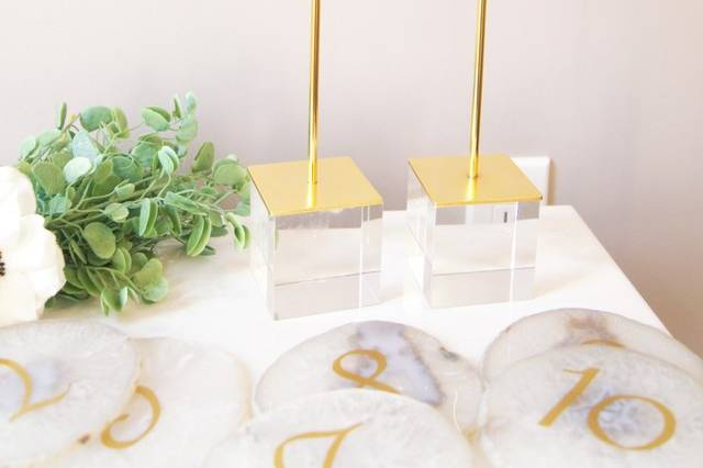 Agate table number stands