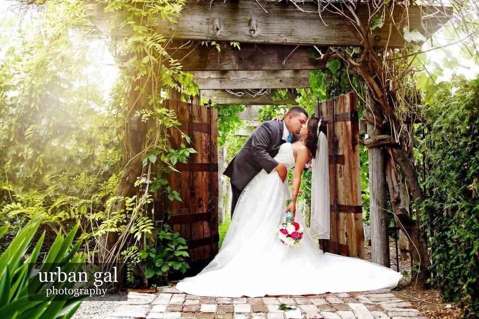 Sandstone Vineyards weddings and events