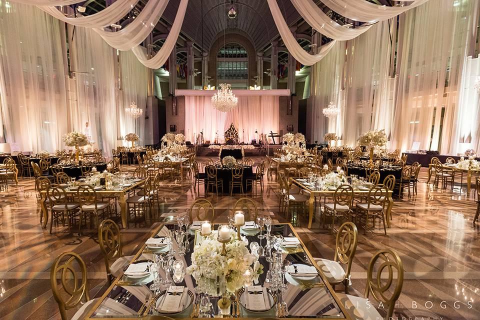 Atrium with elegant and romantic lighting
