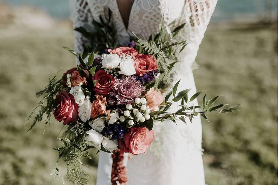 Bohemian-style fall bouquet