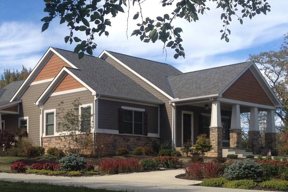 Executive home for lodging