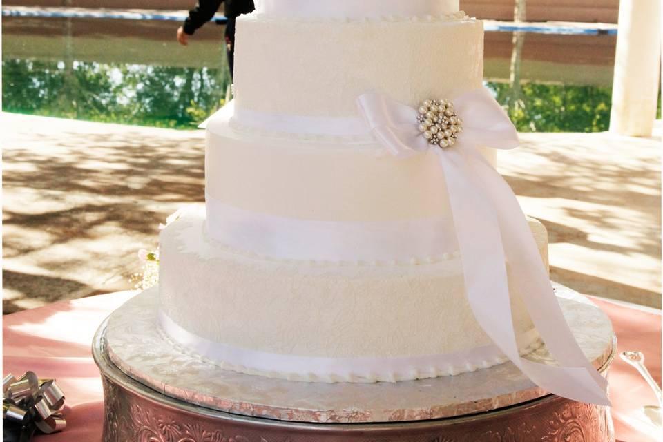 Genesis wedding cake