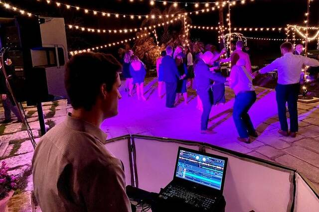 Waco Texas DJ by Kendall Entertainment