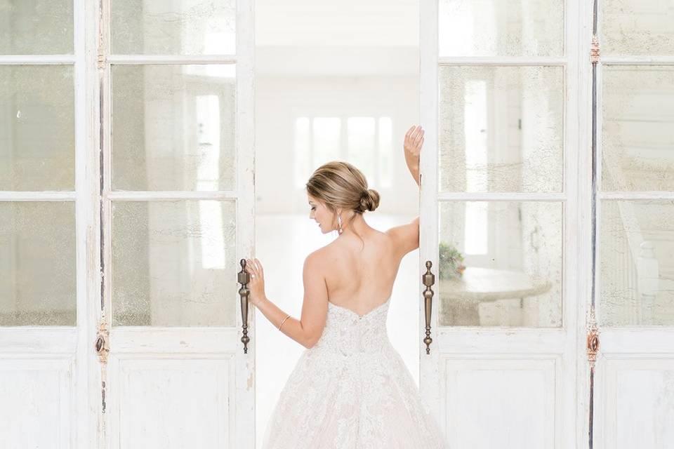 Lantern & Lace Weddings