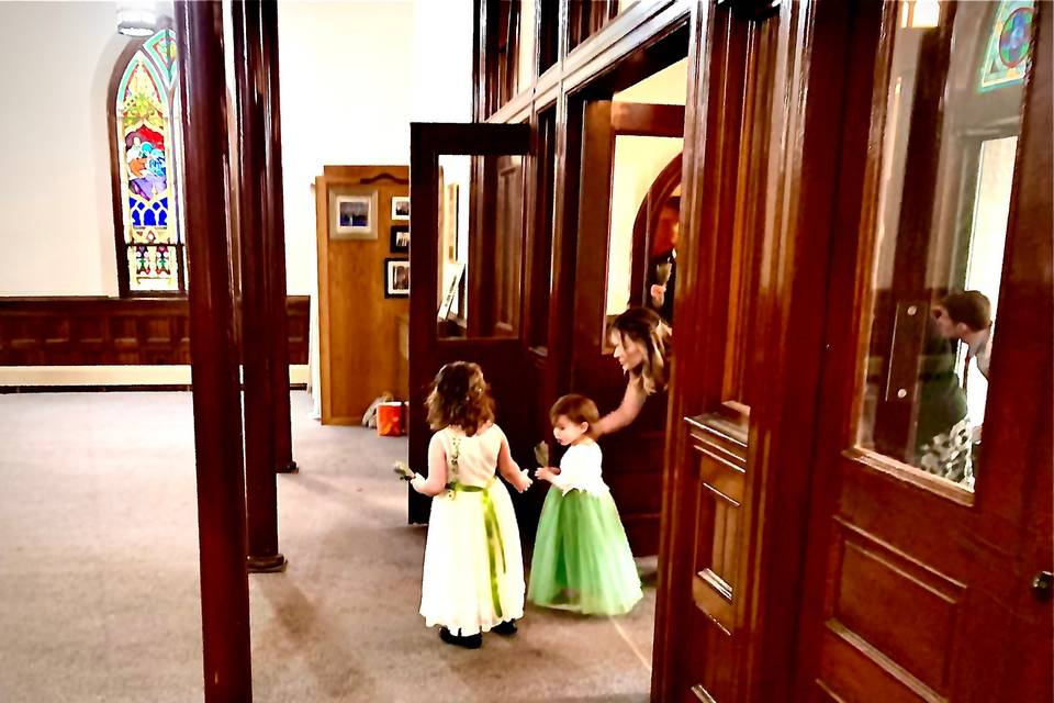 Cutest bridesmaids!
