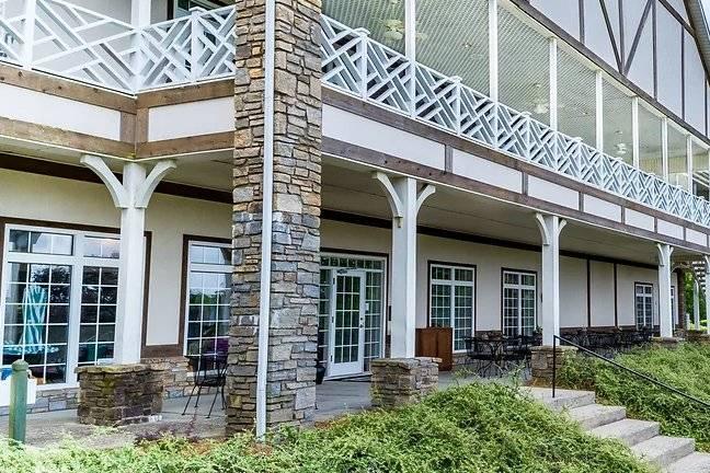 Olde Beau Resort