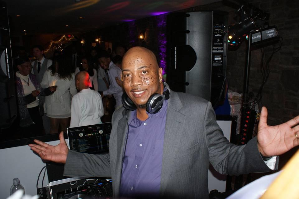 DJ Easy AL