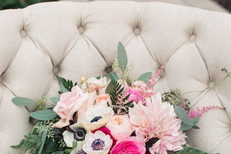 Bouquet Cairnwood Estates