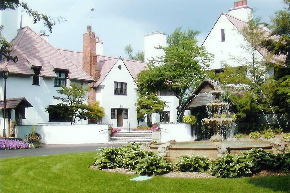 Addison Oaks - Buhl Estate