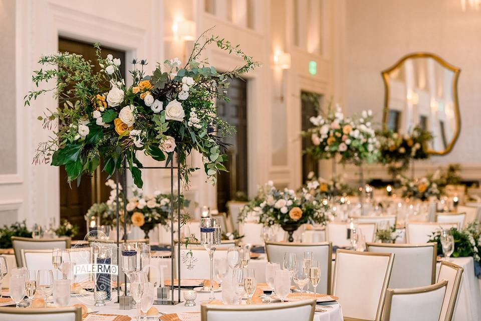 Tall centerpieces rental stand